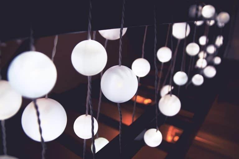 Comment installer son matériel d'éclairage en deux fois moins de temps ?